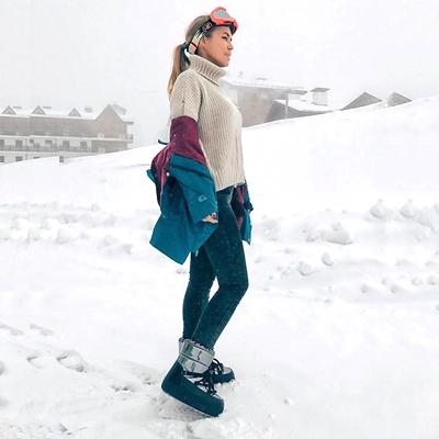 Обувь для женщин, мужчин и детей от Jog Dog идеально подходит и для  прогулок по городу, и для активного отдыха на горнолыжных курортах. 52f0bc49d4b